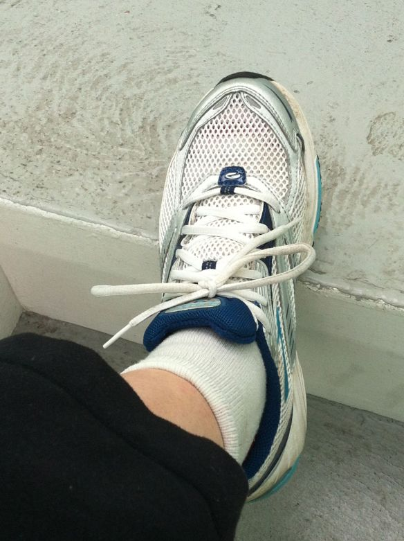 running_shoe