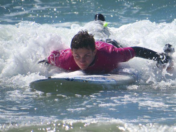 tofino_surfing2